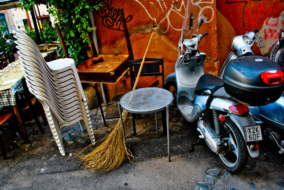 ITALIAN STILL LIFE Image